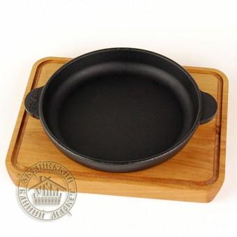 Сковорода чугунная на деревянной подставке (14 см)